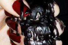 Dark  / My dark style that I love / by Rebecca DuVall