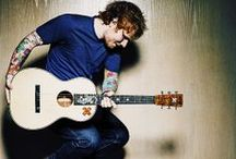 Ed Sheeran ♥ / by Tayler Gieg