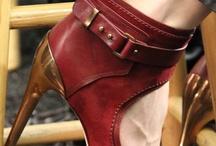 Shoes  / by Patrícia Azevedo
