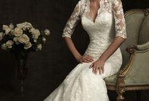 Weddings / by Melinda Treviño-Escobedo
