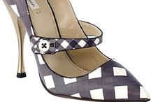 Zapatos / by María Gourmande