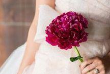 Magenta Wedding / Kleurtrend van 2014: Magenta! Combineert schitterend met satijngoud, ballet roze en stralend wit. / by Covers Couture Bruidsmode