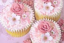 CupCakes / by glamorous diva