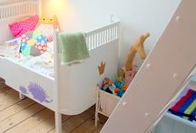 Childrens Rooms/Areas / by Paula Hyland
