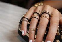 Jewels & Fashion / by Andreia