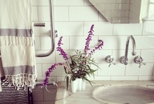 Bathrooms / by Stephanie Ballard (Covet Living)