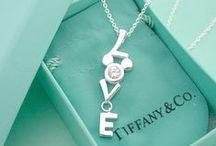 Jewelry I Love / by Melanie Kern