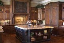 Kitchen / by Kimberly Dias