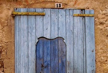 Come on in! / A study in comings and goings, entrances and exits. After all, your front door is a first impression. / by Callie Rhodes