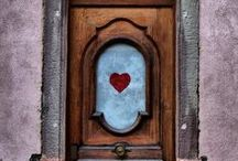 Home: Doors / by Jenny Prust
