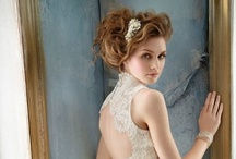 Hairstyles / by Elegante Wedding