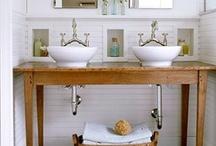 Salles de bain / by Josée Caron