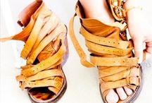 Fringues, shoes... / by Stéphanie Le Saint