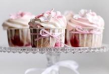 Cup cake love / by Plaidpoppy