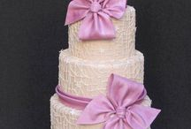 Cakes / by Suzy Stewart
