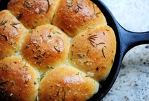 Food - Breads / by Kathy Win