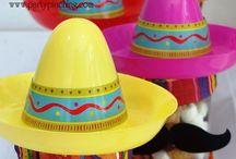 Holidays: Cinco de Mayo / by Laura Wright