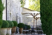 Gardens: Dining Al Fresco / by Janet Mcardle