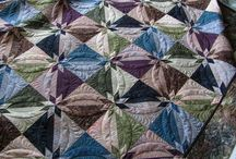 a quilting design that inspires me / by Laurie Stone