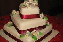 Beautiful Cakes / by Sylvia Strickland