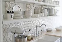 Kitchens / by Organically Opulent