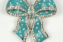 costume jewelry 2 / by Shelly Krueger