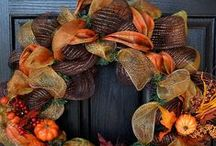 Wreaths / by Susan Hickey