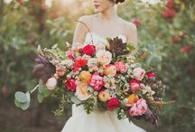 Bouquets / by Ashleigh Jayne
