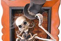 Halloween / by Jan Hobbins