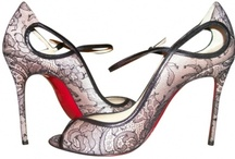 Women's luxury shoes / by Thierry Joli