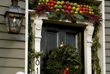 christmas | decorating / natural, traditional Christmas decorating in the spirit of Colonial Williamsburg--with a few twists here and there.  / by Nancy Butterfield |The Freckled Gardener