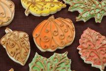 Cookies / by Nancy Viall Sienicki