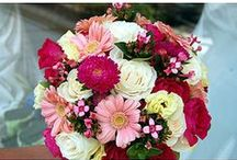Pink Wedding Bouquets / Who doesn't love pink wedding bouquets? Pink flowers from light to hot - so striking. www.pefectweddingflowers.com  / by Monday Morning Flower and Balloon Co