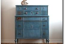Painted Furniture, Annie Sloan レo√乇 / by Debra Taylor
