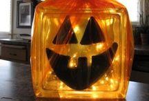 Halloween / by Kristi Schwartzhoff