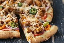 vegan pizza pie / by Marisa HodgesFord