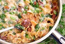 Make This! - Meals / by Allison Jagunic