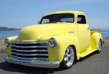 Old Trucks / by Kenny Hatten