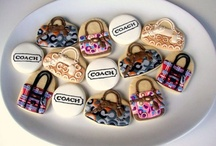 Cakes & Cookies / by Tammy Brenner