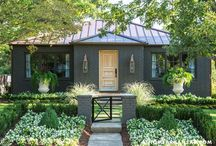 House Tours / by Susan Bove