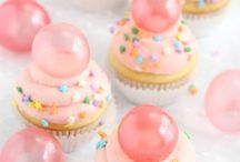 Cupcakes / by Ginger Houck