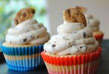 cupcakes / by Doris Harrison