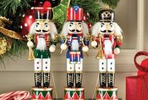 Nutcrackers - Cascanueces! / Crazy about nutcrackers! / by Carlos Alberto