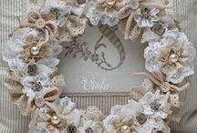 Wreaths for All Seasons / Make My Door Fabulous  / by The Burds Nest