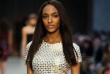 Hairstyles: Straight Hair  / by Beauty Launchpad