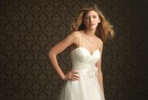 Wedding Dress! / by Crystal Klarich