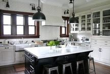 KITCHENS / A collection of beautiful traditional kitchens / by Afra Forgette