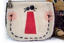 Bags, purses, bags, totes, bags,.. / by Alicia Enriquez