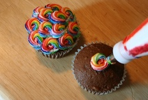 Cake Decorating Tutorials / by Janet Plank