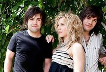 The Band Perry Mania / by Cheryl Feltman